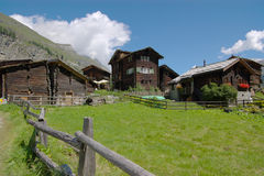 Free Chalets In Swiss Mountains Stock Images - 3182334