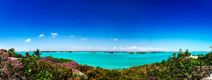 Chalk Sound. The vivid turquoise waters of Chalk Sound, Providenciales, Turks and Caicos Stock Photo