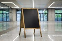 chalkboard na korporacyjnym tle obracającym dobrze horizontally obrazy royalty free