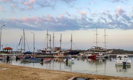Chalkidiki Greece piękny żagiel i morze zdjęcie royalty free