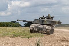 Free Challenger 2  Main Battle Tank MBT British Army Stock Images - 199795634