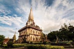 chalong寺庙的圣洁塔 库存照片