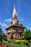 chalongphuket thailand wat Arkivbild