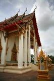 chalongthailand wat Arkivfoto