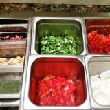 Chalotas e pimentas de Bell vermelhas Fotos de Stock Royalty Free