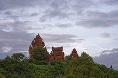 Cham возвышается, Ninh Thuan, Вьетнам - - 9-ое октября 2016 Стоковое Изображение