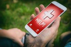 Chamada para a ajuda com telefone esperto app imagens de stock