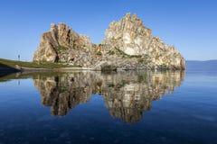 Chaman Rock près de Khuzhir chez le lac Baïkal Image stock