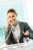 Chamando a mulher Fotografia de Stock