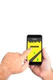 Chamando um táxi no smartphone Chamada móvel do taxista fotografia de stock royalty free