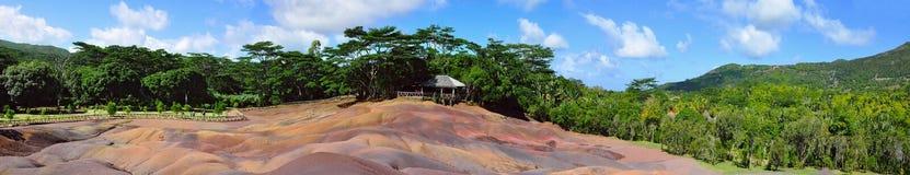 Chamarel sju färgade jordar. panorama Royaltyfria Bilder
