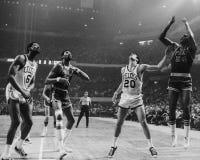 Chamberlain et Russell, NBA de vintage Image stock