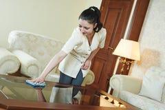 Chambermaid przy hotelową usługa fotografia royalty free