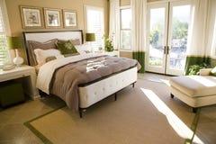 Chambre à coucher à la maison de luxe Photos libres de droits