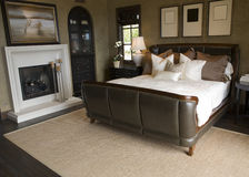 Chambre à coucher à la maison de luxe moderne Photographie stock