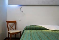 Chambre à coucher élégante Images stock