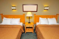Chambre à coucher allumée Photographie stock libre de droits
