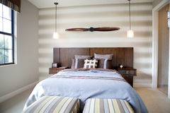 Chambre à coucher avec un thème d'avion Photos libres de droits