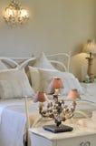 Chambre à coucher blanche antique Photo stock