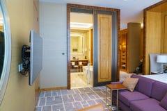 Chambre à coucher cinq étoiles de suite de luxe Image libre de droits