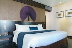 Chambre à coucher cinq étoiles de suite de luxe Photo libre de droits
