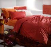 Chambre à coucher colorée photo stock