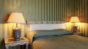Chambre à coucher confortable photo libre de droits