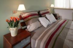 Chambre à coucher coordonnée par couleur Images stock