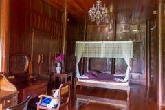 Chambre à coucher de la Thaïlande en bois photos stock