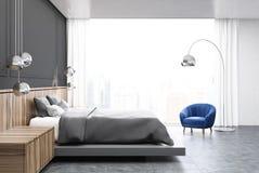 Chambre à coucher grise et en bois, côté gris de lit Photo libre de droits
