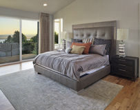 Chambre à coucher luxueuse image libre de droits