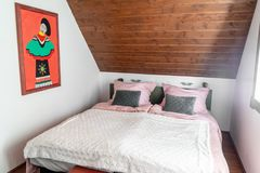 Chambre à coucher magique images stock