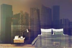 Chambre à coucher minimalistic noire, lampe modifiée la tonalité Image libre de droits