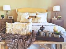 Chambre à coucher principale de maison modèle Photographie stock