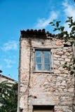 Chambre abandonnée de mortier de pierre et de boue, Grèce images stock