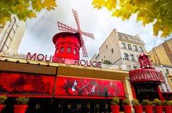 Chambre célèbre de cabaret du Moulin rouge dans des Frances de Pigalle Paris Image libre de droits