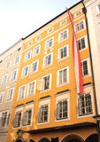 Chambre célèbre où Mozart était né, Salzbourg Photographie stock