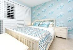 Chambre à coucher bleue Photos stock
