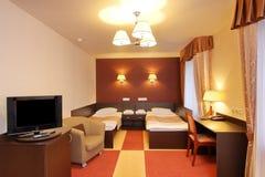 Chambre à coucher dans l'hôtel Photographie stock