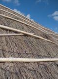 Chambre d'été - toit couvert de chaume Image stock