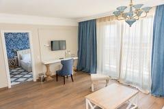 Chambre d'amis dans l'appartement du complexe d'hôtel de Kranevo en Bulgarie Image libre de droits