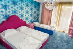 Chambre d'enfant standard dans un hôtel cinq étoiles dans Kranevo, Bulgarie Image stock