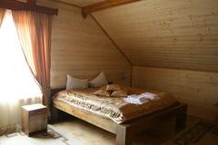 Chambre d'hôtel en bois Photo libre de droits
