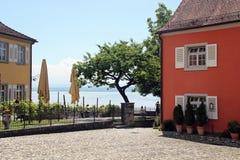 Chambre dans Meersburg avec la vue du Lac de Constance images libres de droits