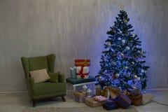 Chambre de cadeaux de vacances de nouvelle année de fond de Noël photo libre de droits