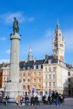 Chambre de commerce et statue et colonne de Deesse (1845) en Li Image stock