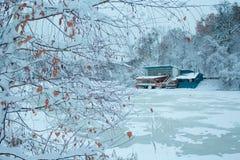 Chambre de flottement sur un lac congelé 2 photographie stock