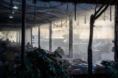 Chambre de thé mystérieuse Cinarcik - en Turquie Images libres de droits