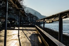 Chambre de thé vide au jour d'hiver - Turquie Photographie stock libre de droits