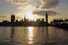 Chambre du Parlement au coucher du soleil Image libre de droits